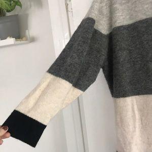 Aritzia Dresses - Aritzia Wilfred Brand Sweater Dress